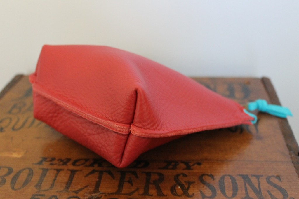 red rough pouch 2
