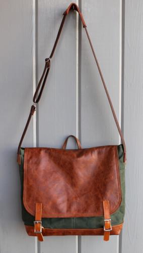 0706 laptop bag 1