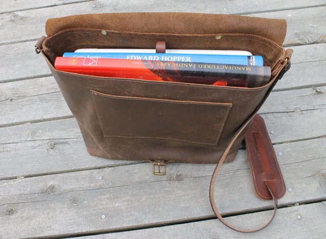 leather laptop bag int