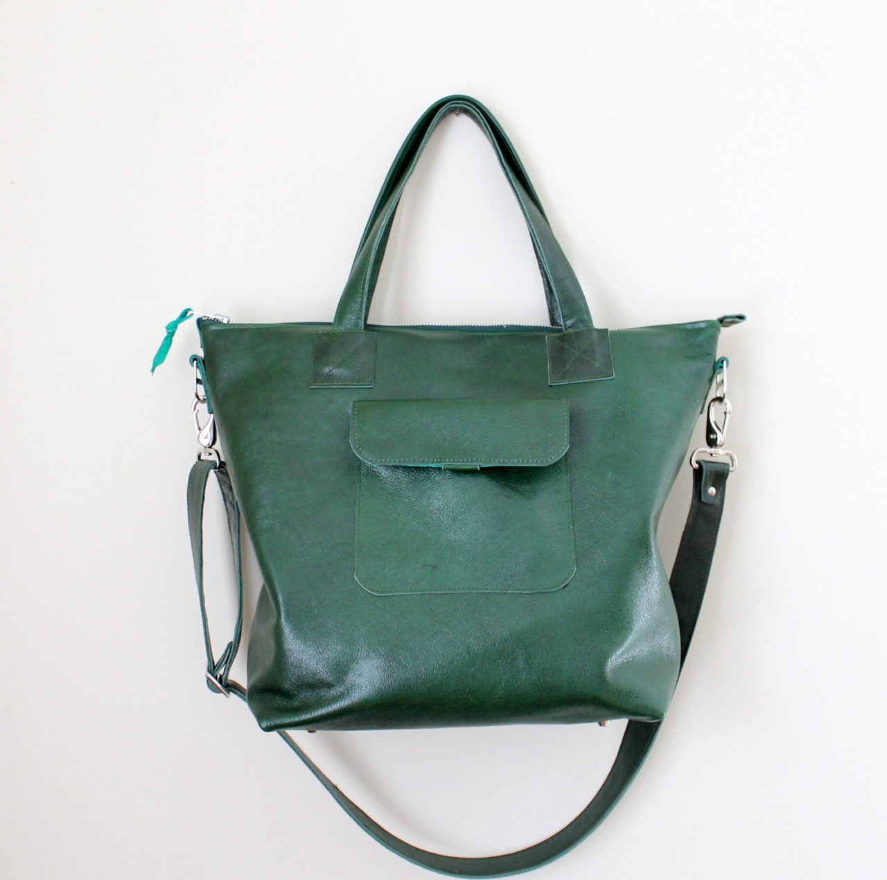 Delta tote in green