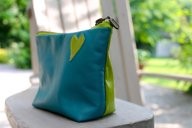 spring pouch