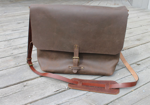leather laptopbag